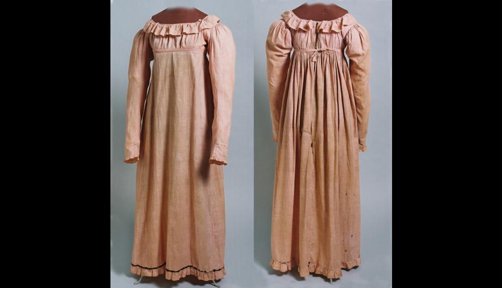 pink work dress norway.png