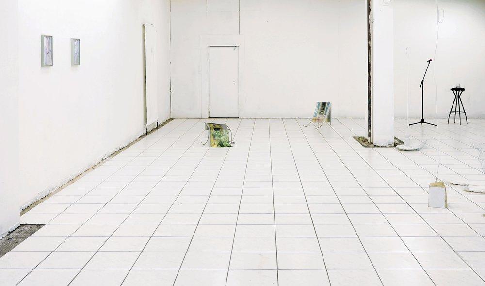 06 - Heute oder Morgen, Installation view.jpg