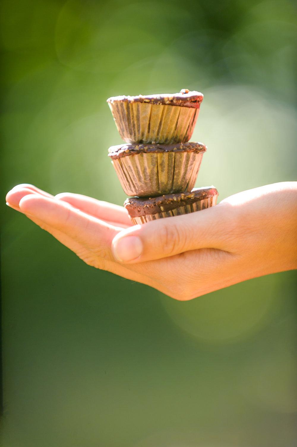 chocolate-sunflower-butter-cups.jpg