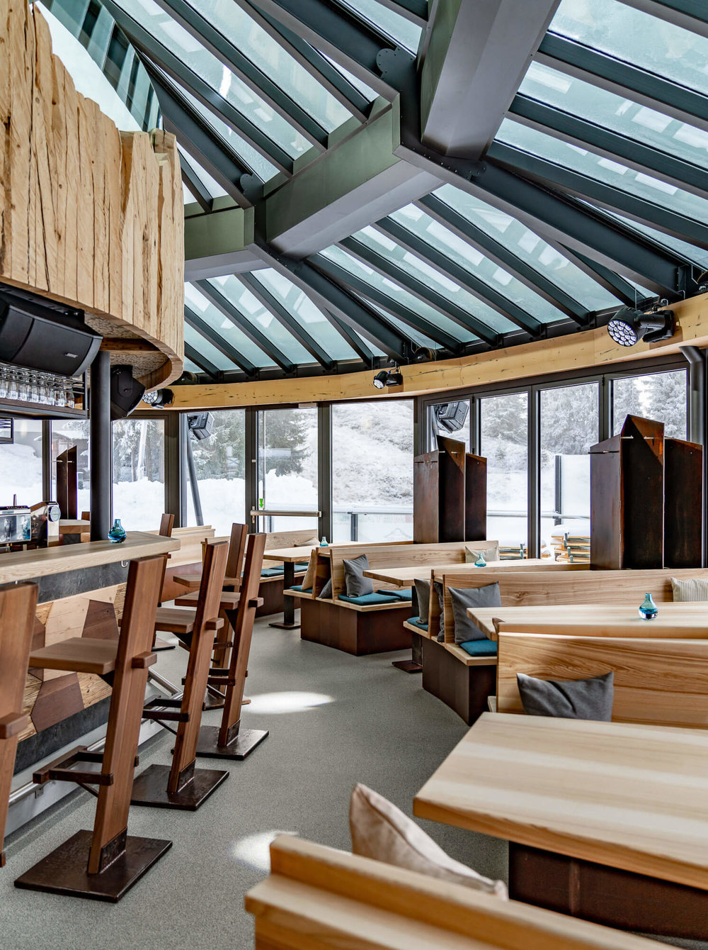 Lokale und Bars - Fotos von Restaurants und Kaffeehäuser.