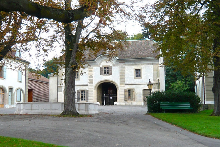 Rénovation de la Ferme du Parc La Grange à Genève, Suisse  Rénovation patrimoniale - Monument historique  Equipement municipal