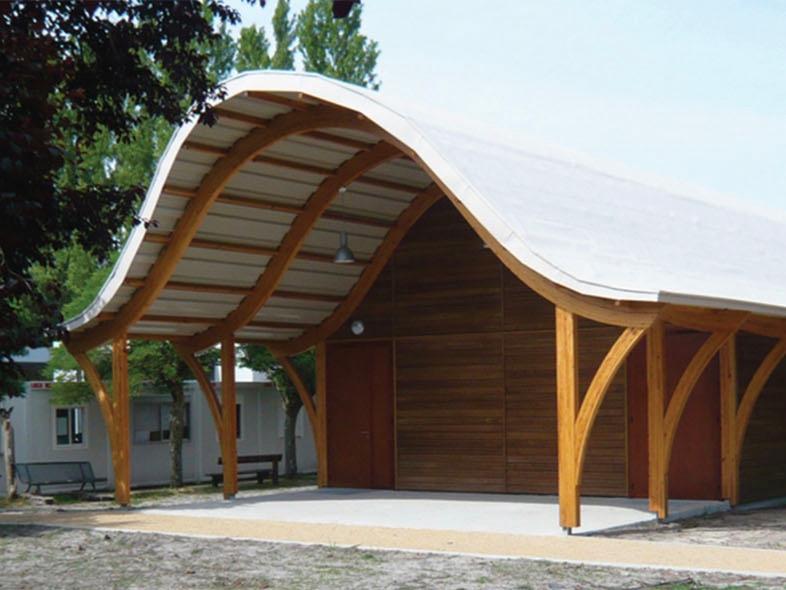 Construction d'un pavillon en bois pour l'enseignement du théâtre au Lycée Saint Exupéry de Parentis-en-born, Aquitaine, France  Bâtiment écologique