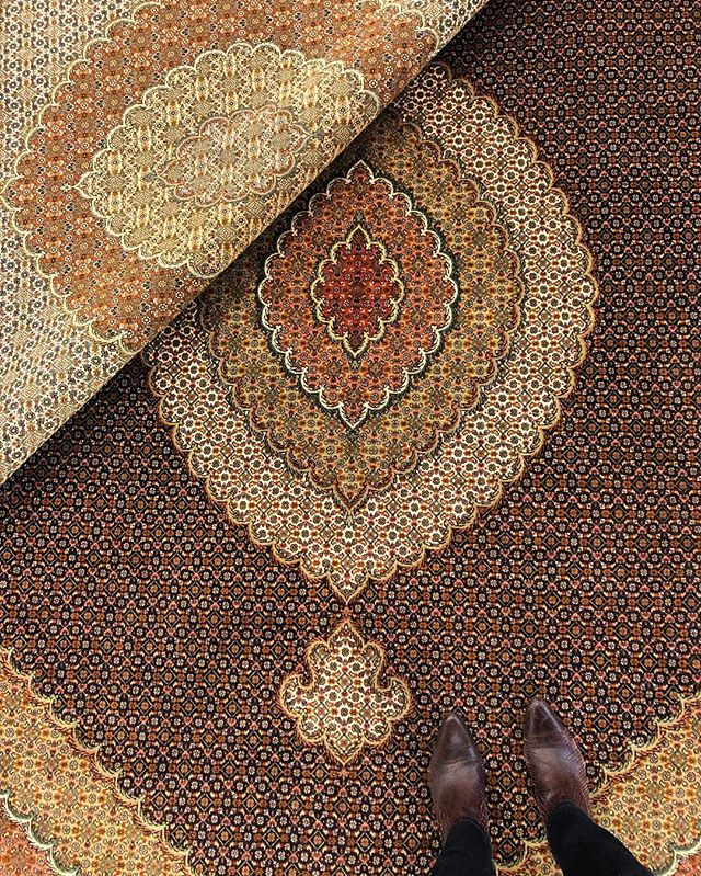 This rug originates from our family's hometown Tabriz, located in the north west of Iran. Tabriz is one of the oldest centers for rug weaving and known for its good quality. This piece's central design attribute is the oval medaillon in the center. For more information about our Tabriz rugs, contact us. . . #ruginspiration #vintagerugs #modernrugs #handmade #orientalrugs #persianrugs #persiancarpets #homedecor #interiordesign #interior #interiorinspo #ruginspo #ruglove #ruglovers #handemaderugs #interior-love #interiorinspo #ruginspo #ipekcarpets #ipekrugs #tabriz #tabrizrug
