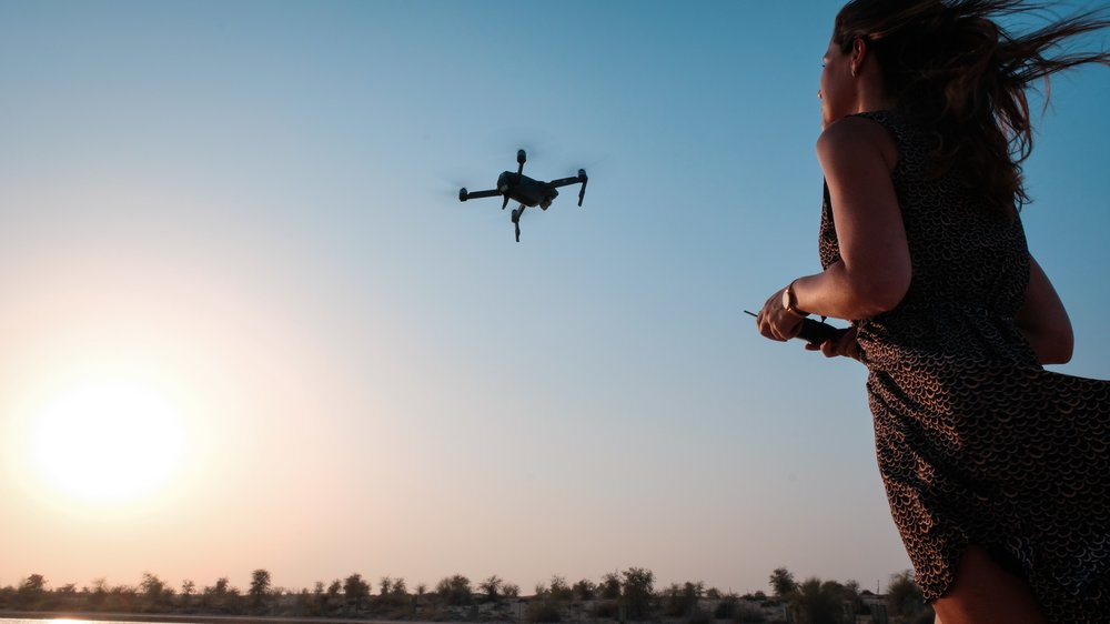 dawn-dress-drone-1170064.jpg