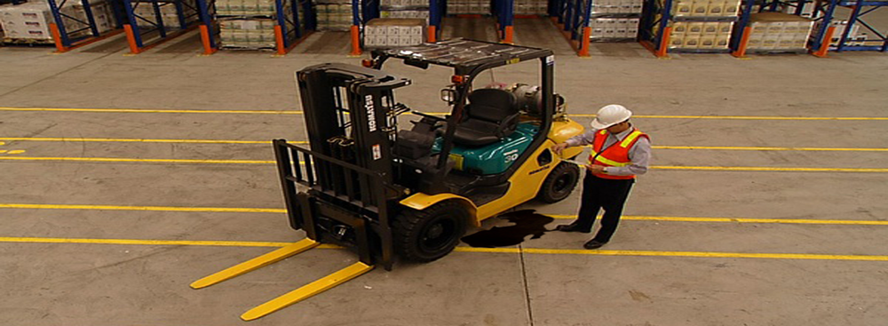 Forklift-with-oil-leak.png