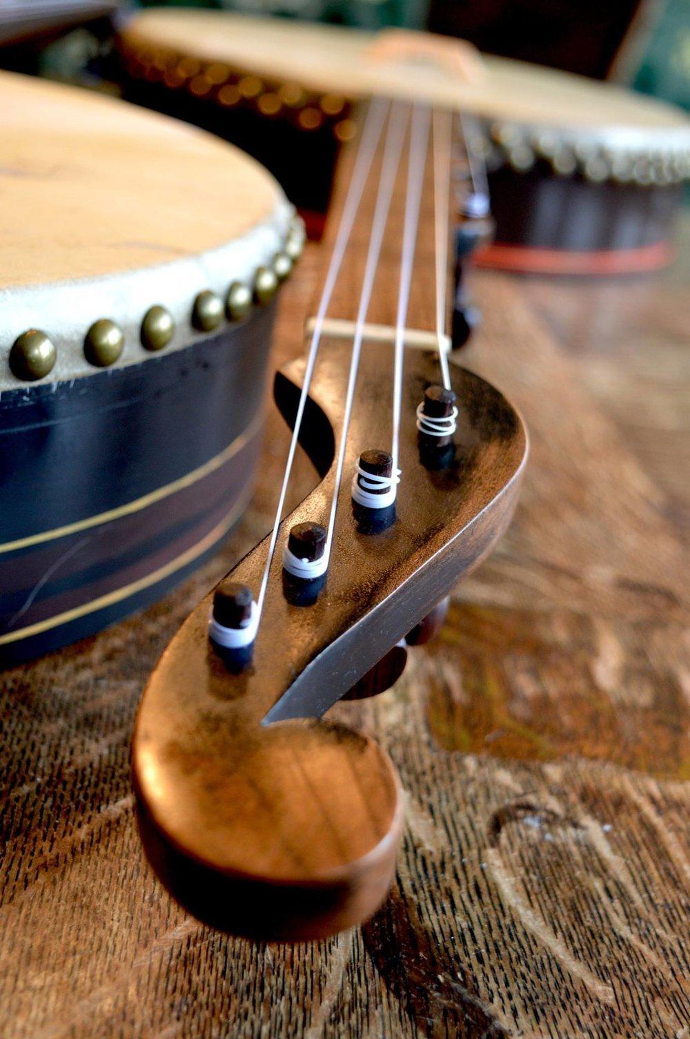 Tackhead banjo.