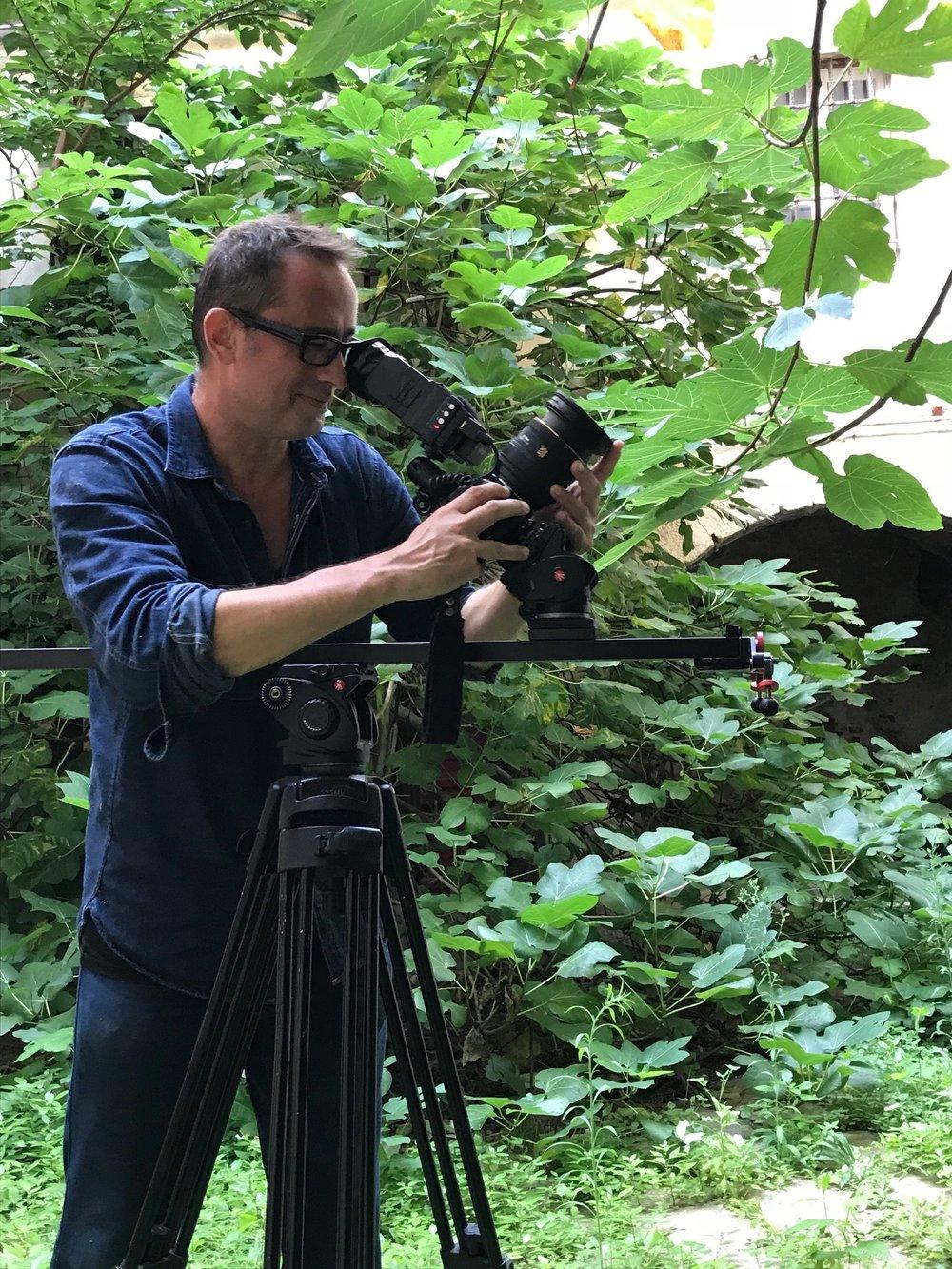 Guillaume Taverne - réalisateur de films d'entreprise et documentaires. Opérateur drone