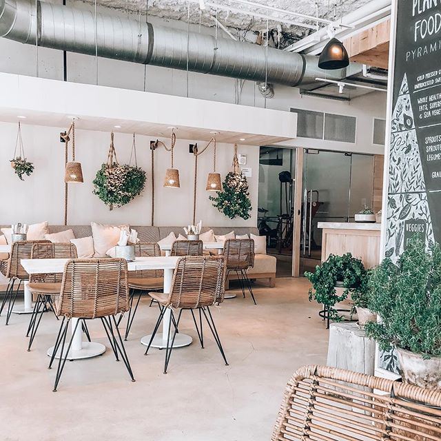 Perfect place to lounge and drink smoothies in between Art Basel events @1hotels #artbasel2018 #artbasel #miami