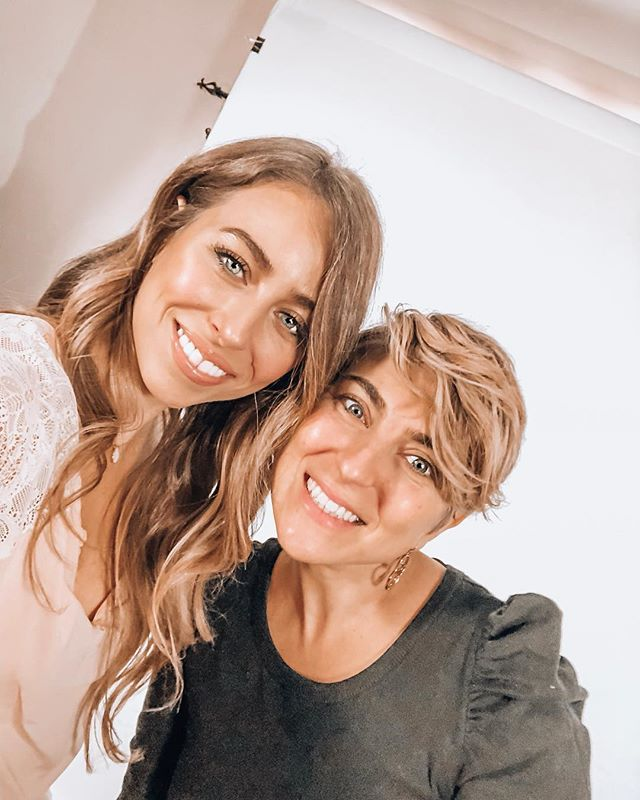 BTS filming a Valentines Day tutorial with @lovephilosophy 💞What looks do you want to see me create? 🎨Beauty questions? Comment below 👇🏼👇🏼👇🏼
