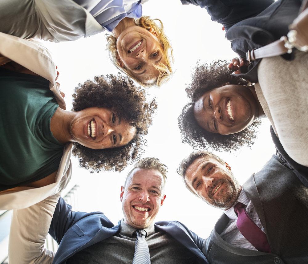 DES BIENFAITS RAPIDES - Confiance en soi, gestion du stress, dynamisme, communication facilitée, motivation accrue, créativité, relâchement des tensions, écoute développée, concentration, bienveillance, efficacité, autonomie …