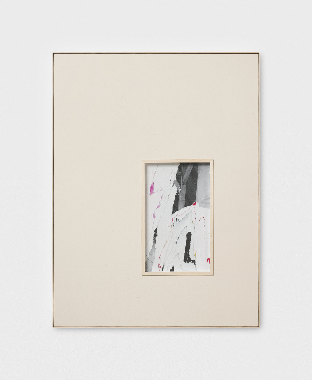 L. S. S. L. D. L' A., XX | 2016 | Leinen, Decollage hinter Glas, Künstlerrahmung | 81 x 61 x 3.5 cm | ©GALERIE ALBER