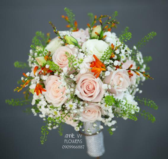 hoacamtay+hoa_cam_tay+hoa cam tay+hoa_cuoi+hoacuoi+hoa cuoi+HOA CUOI DEP VY 163 (5).JPG