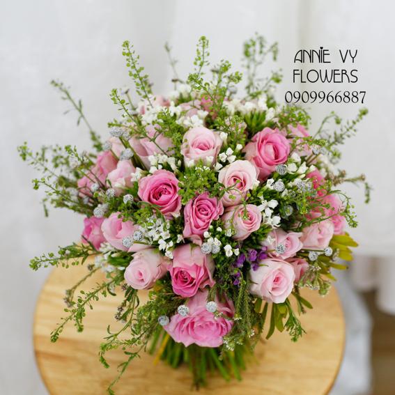 hoacamtay+hoa_cam_tay+hoa cam tay+hoa_cuoi+hoacuoi+hoa cuoi+HOA CUOI DEP VY 124 (1).JPG