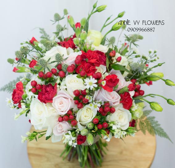 hoacamtay+hoa_cam_tay+hoa cam tay+hoa_cuoi+hoacuoi+hoa cuoi+HOA CUOI DEP VY 109 (1).JPG