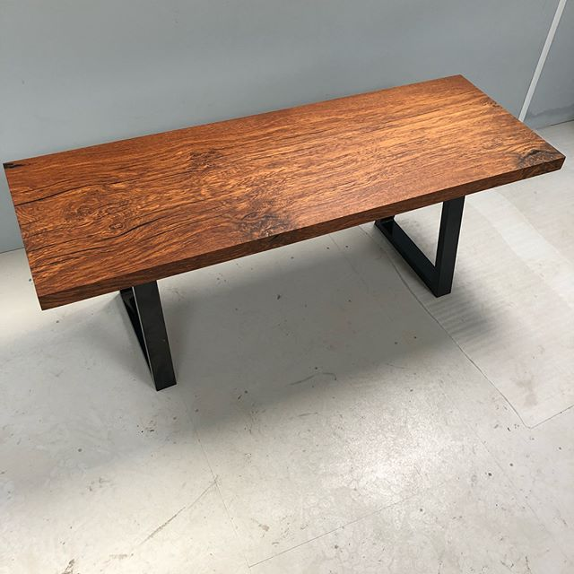 Small oak coffee table with black resin infill. Finished and waiting for a new home. #resin #resinoak #coffeetable #resinart #oaktable #woodworking #woodfurniture