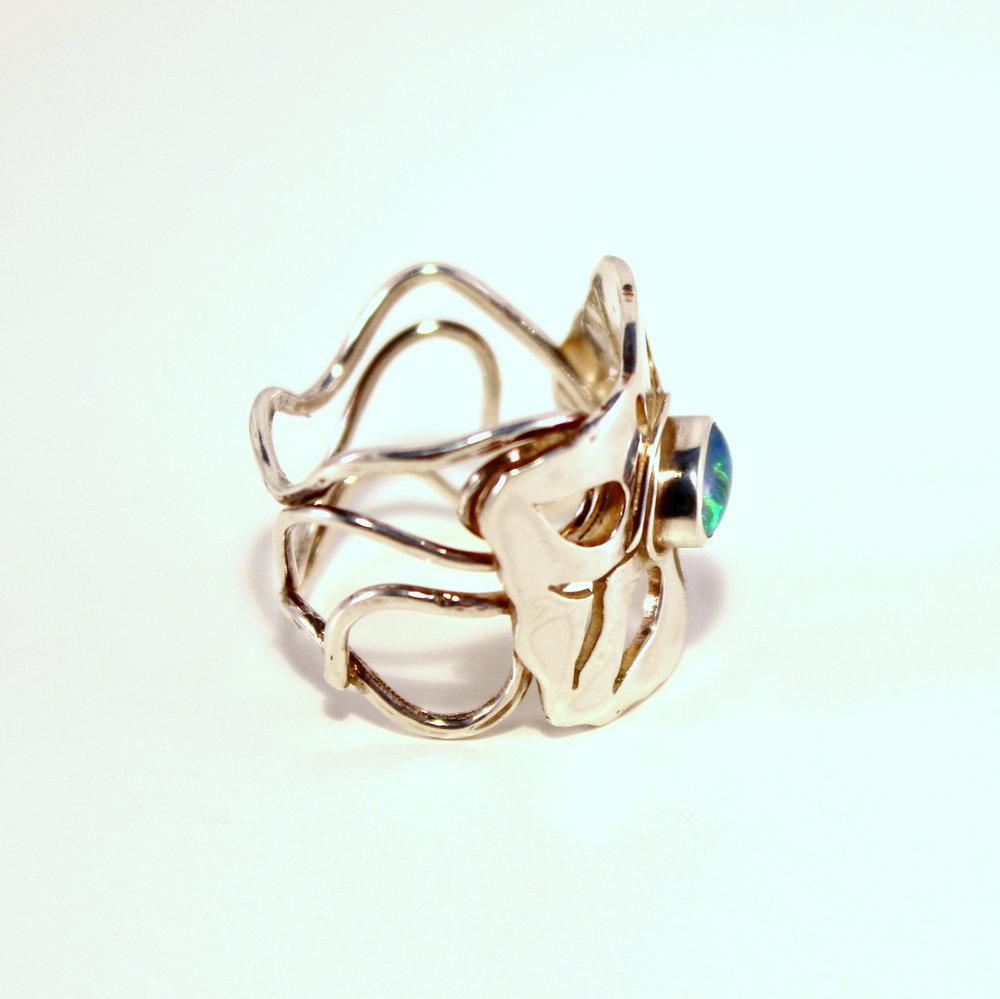 zilveren ring met triplet opaal