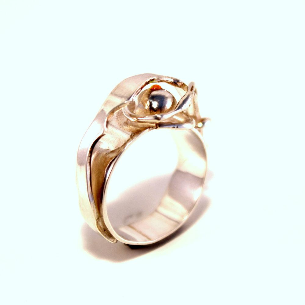 zilveren ring met emaille