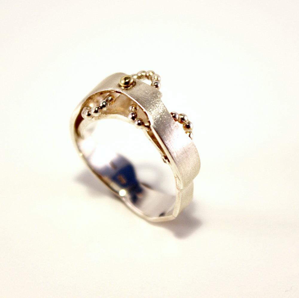 zilveren ring met pareldraad