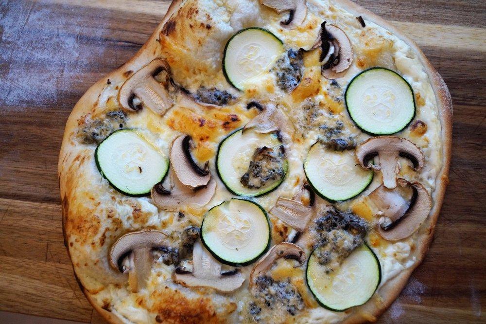 pizza bianco.jpg