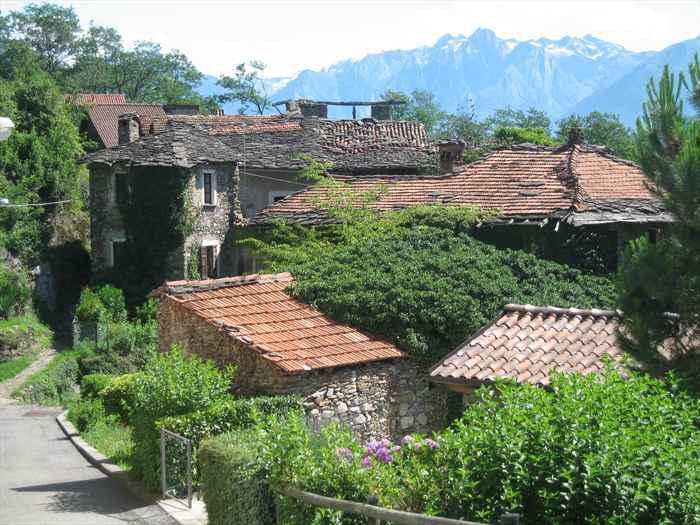 Ancient BorgoLake Como -
