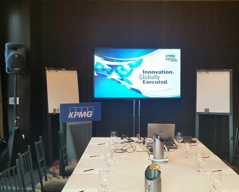 Small Meeting AV Set-up 1