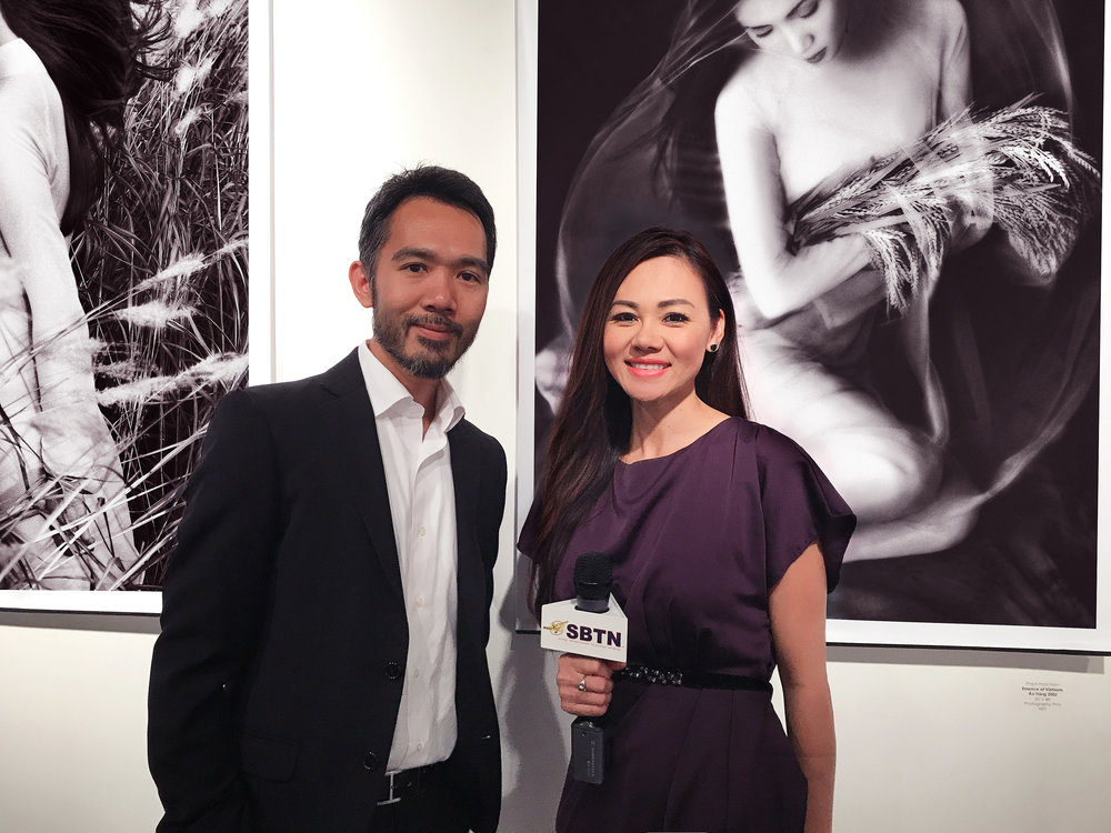 ao trang exibition opening night.jpg