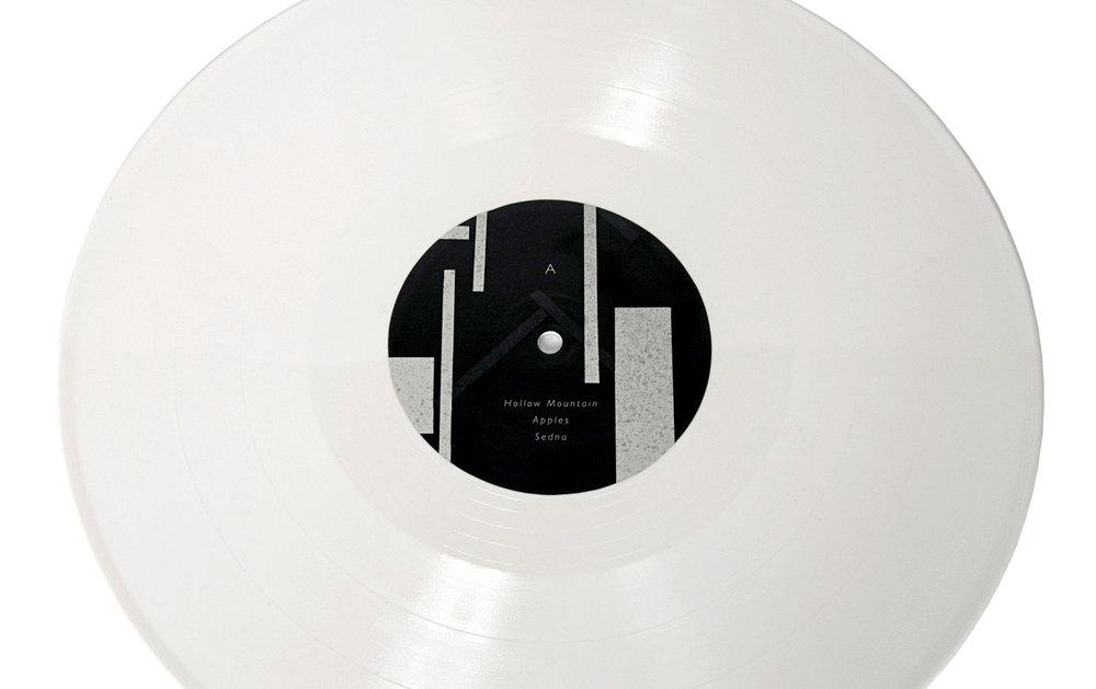 Piramida-LIVE-LabelsA-1400.jpg