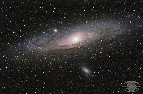 First shot of M31 with my ES ED80.  1 hour 45 minutes of integration time shot with a Nikon D5100