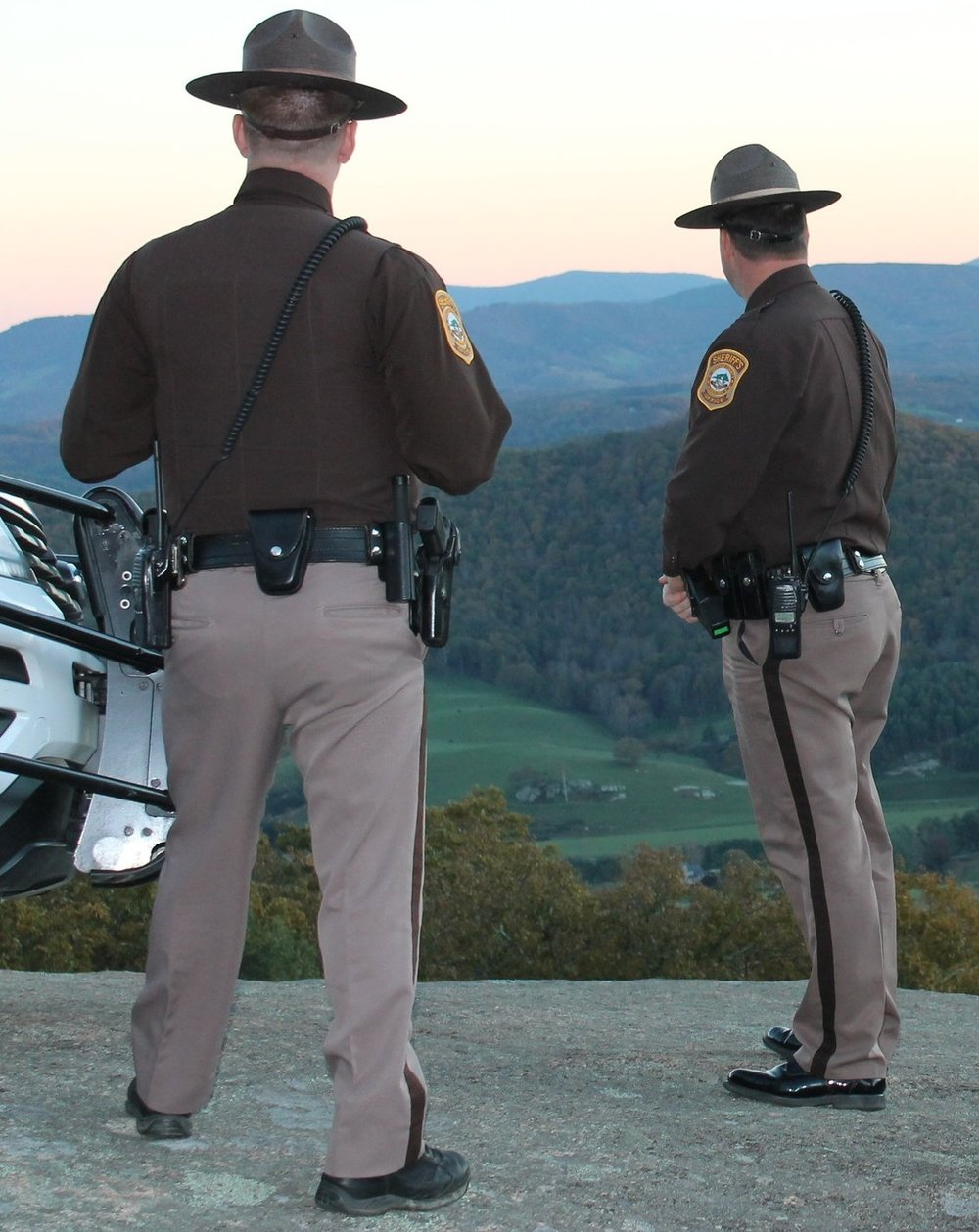 The Issue - Law Enforcement Sheriffs answer dangerous calls around the clock, often alone, involving dangerous felons with firearms, domestic disputes, and dangerous crimes in progress.In spite of this, the starting salary for deputy sheriffs is below the livable wage of $31,629.