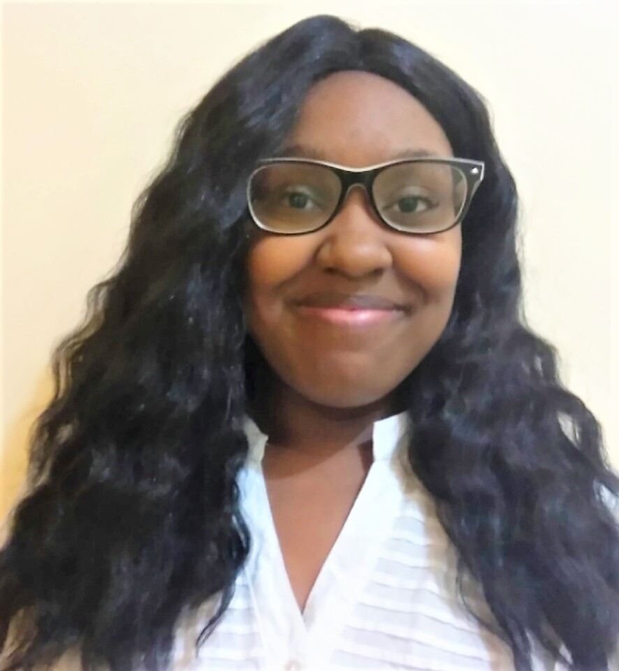"""SPEAK Community - """"Through the SPEAK community, I have received the opportunity to meet young women like myself who aspire to have careers they eel are worth chasing and we have met career professionals who have mentored us on how we can reach our goals."""" Ecstacy '18"""