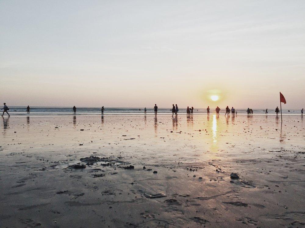 Watched the Sunset few hours before my flight back home.  Kuta Beach, Kabupaten Badung, Bali