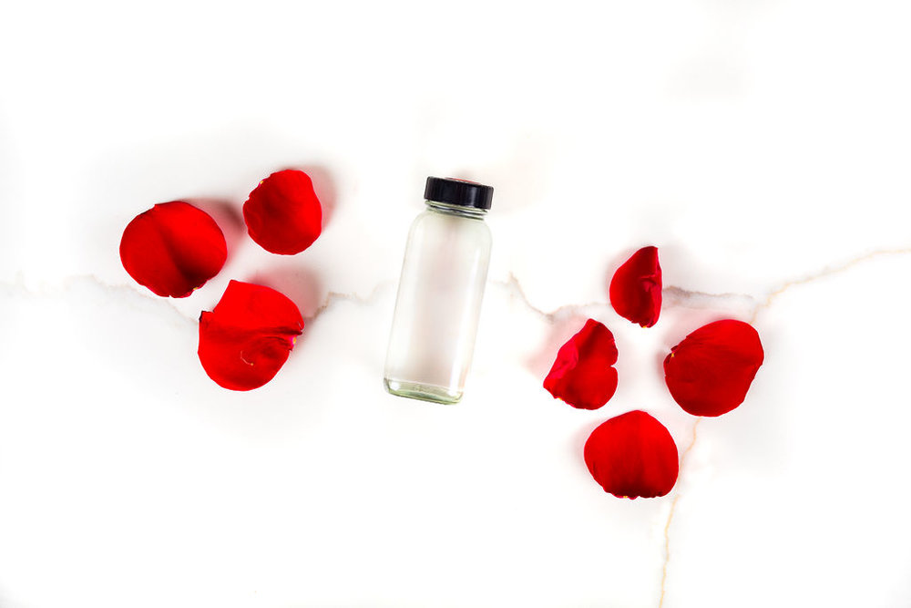 Rose Water - Anti-AgingAnti-InflammatoryReduces Irritated SkinMoisturizes SkinHydrates SkinAnti-Bacterial