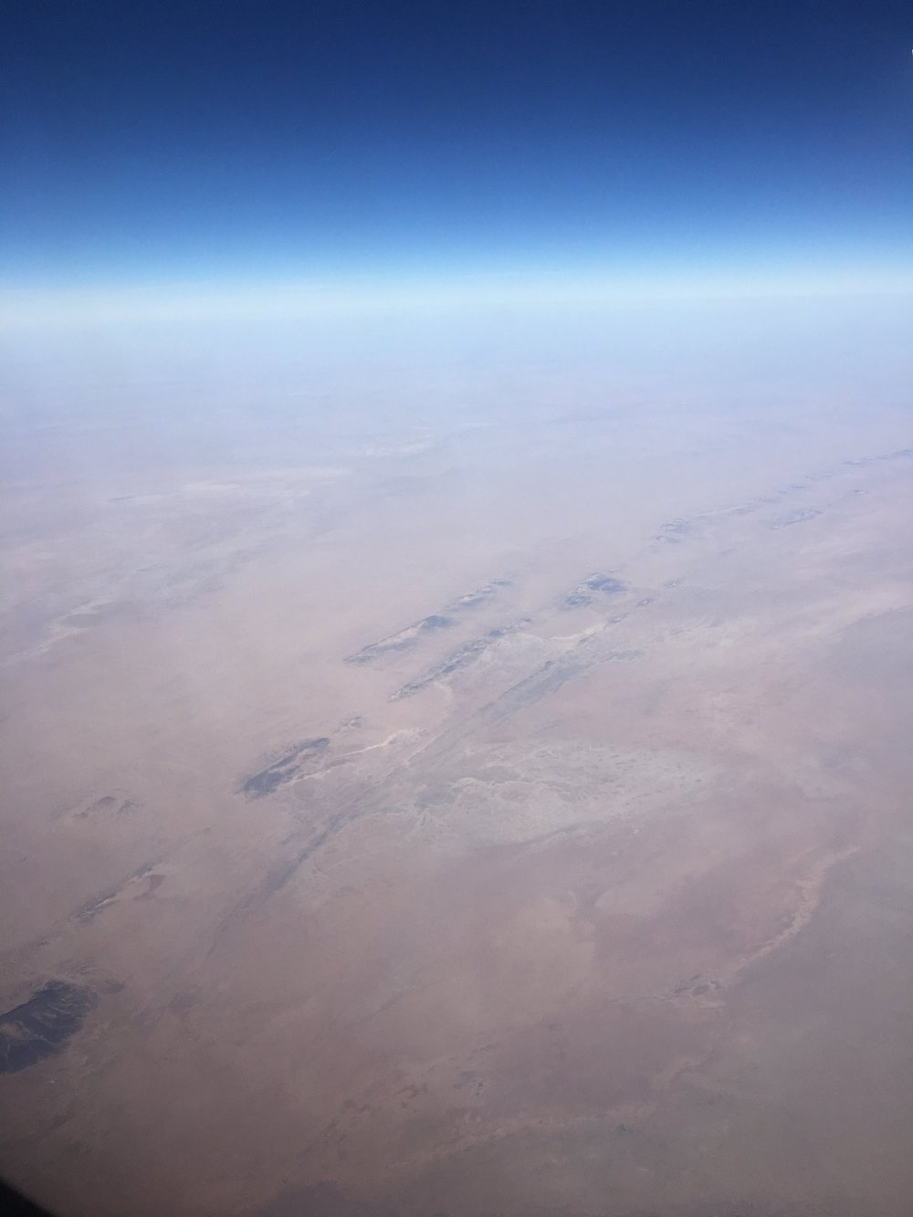 FLYING OVER THE EXPANSIVE SAHARA 2018