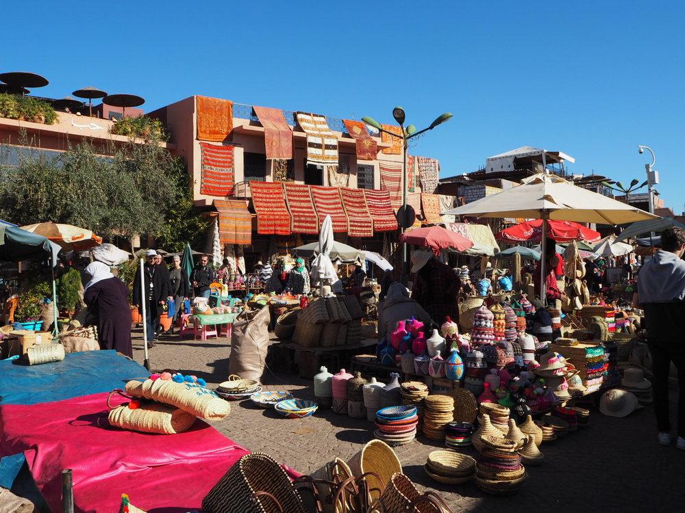 handicrafts at place des epices