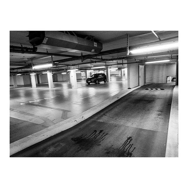 #leaving the #office, all alone in the #parkinglot, but almost #home . . . #everydaylife #reallife #mazda #personalproject #bnwphotography #dell #documentaryphotography #officeworker #instagood #instaoffice #bwstyleoftheday #monoart #monocromatic #working9to5 #liveforthestory #burnmagazine #visualstorytelling #noor #magnum #leaving #40hours