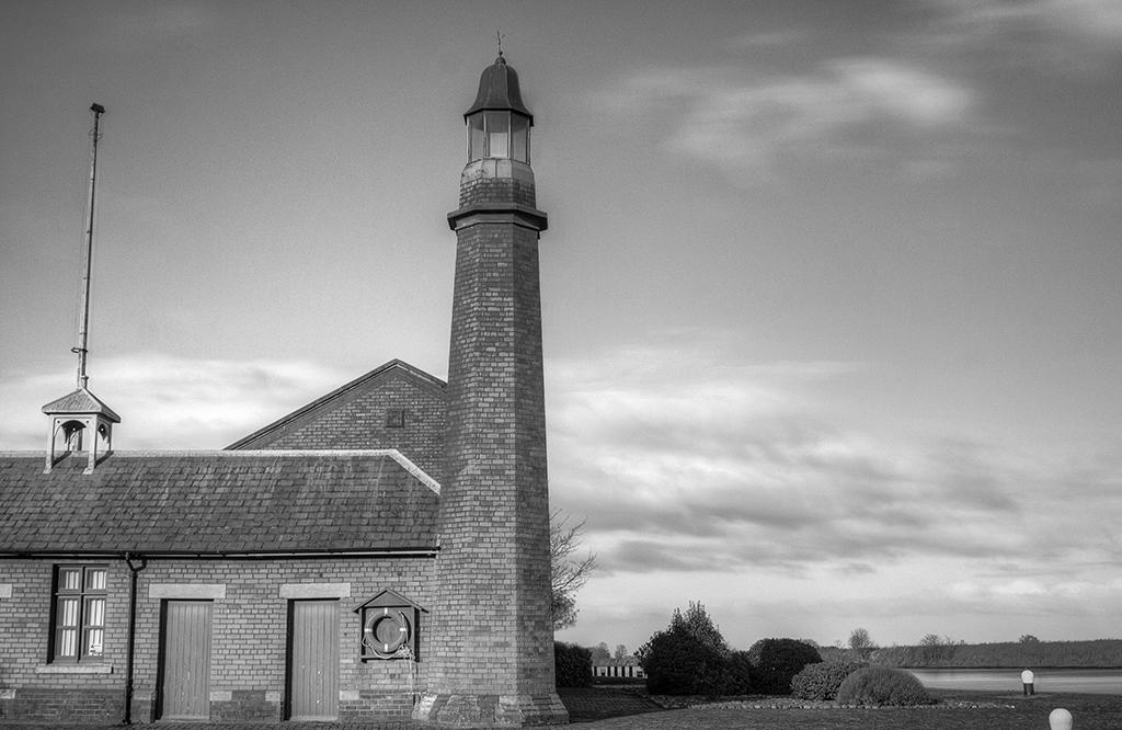 Ellesmere Port Lighthouse