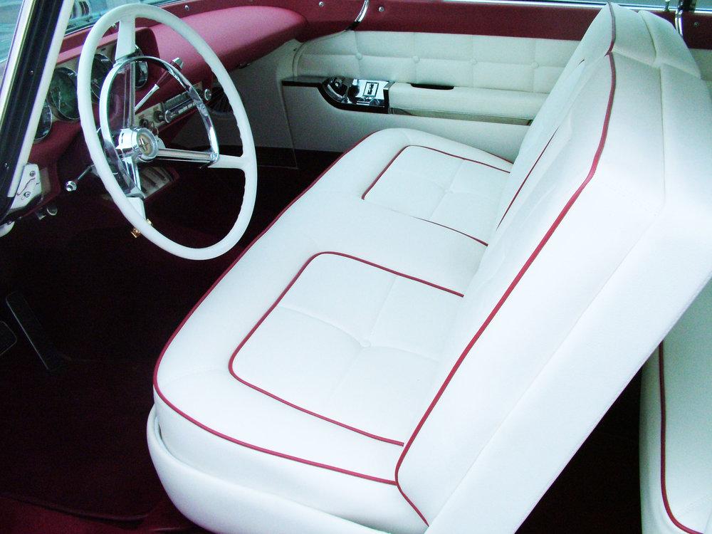 Lincoln - Restoration interior - Seat repair