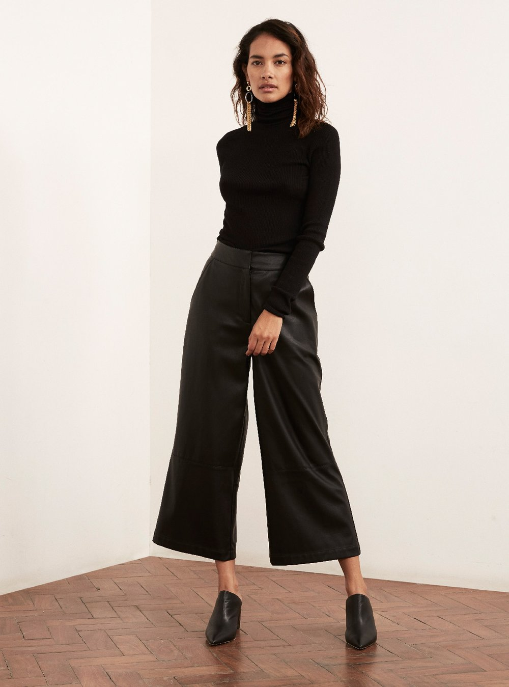 Remi_Vegan_Leather_Trousers_Back_Front2_1000x.jpg