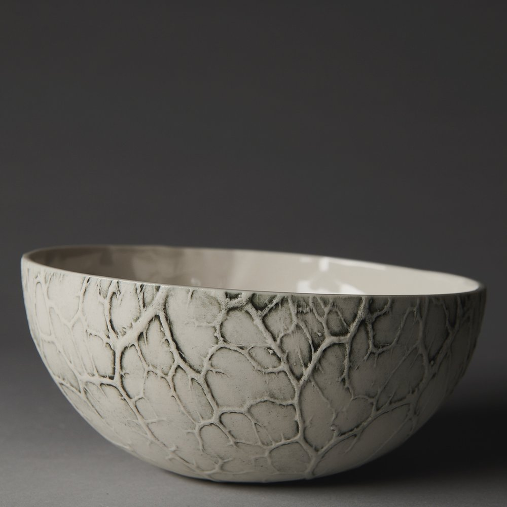 Caul bowl with black stain - version 2 - upright with a straight rim - photo by Fred Kroh