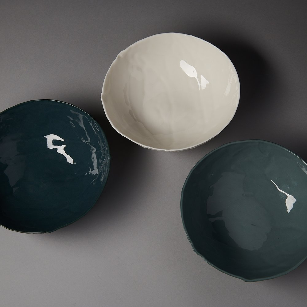 Caul bowl - from L to R -  petrol blue, white and slate - photo by Fred Kroh