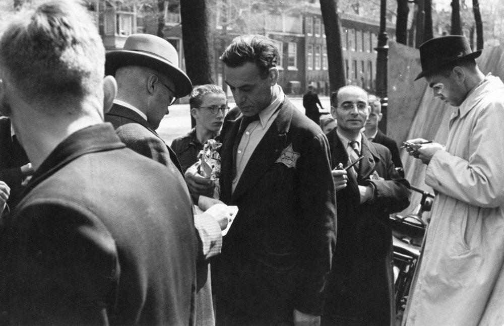 Bart de Kok, NIOD, summer 1942
