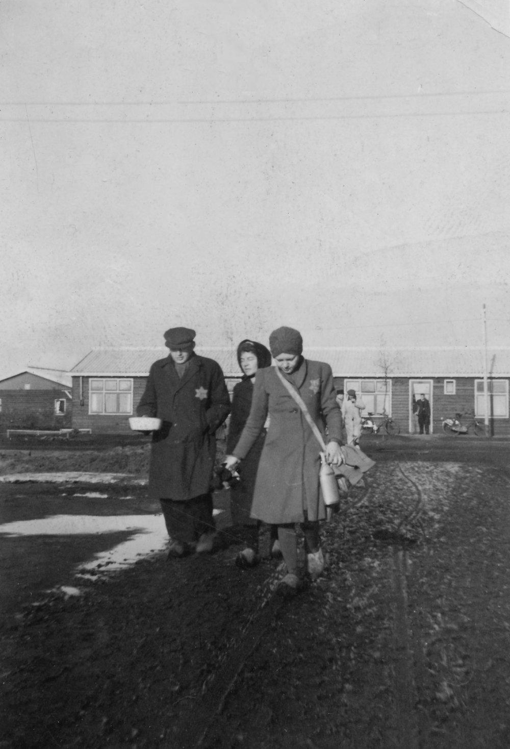 NIOD, november 1942