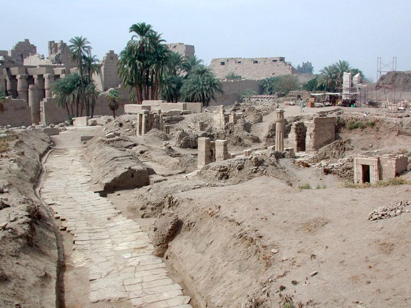 Karnak_2_Chapelles Nord et voie de Ptah_site.jpg