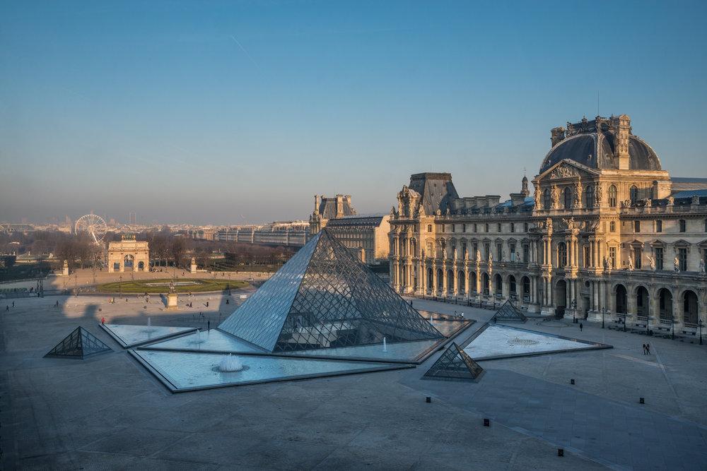 La pyramide du Louvre © 2013 musée du Louvre - Olivier Ouadah.jpg