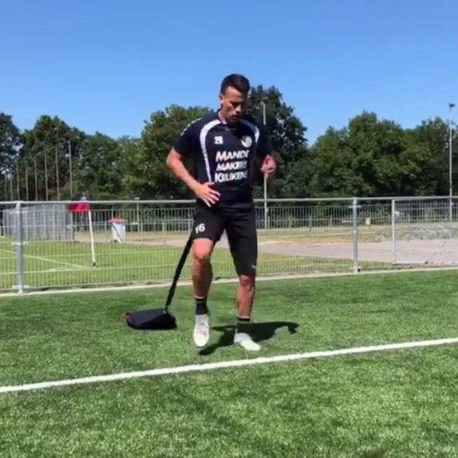 1op1_voetbaltraining_alphenaandenrijn.jpg