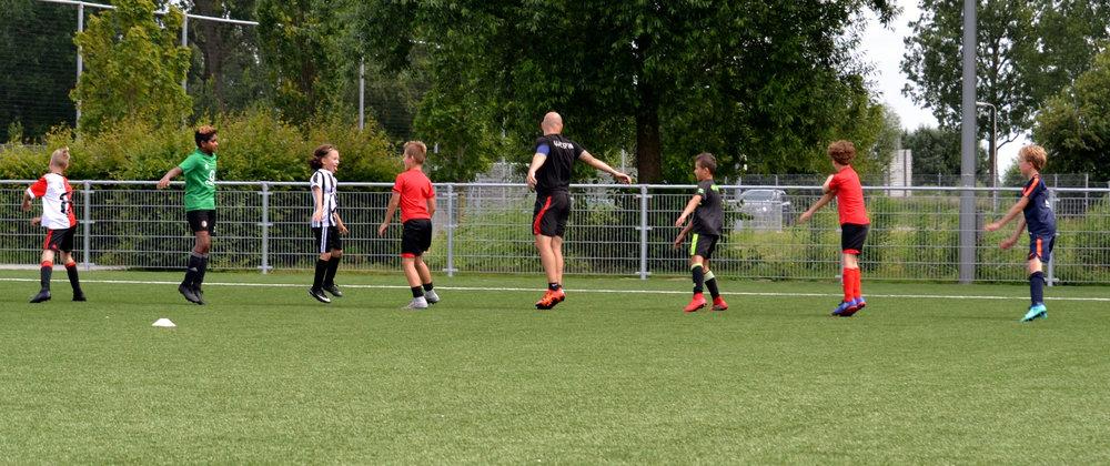kinderfeestje voetballen met exprof.jpg