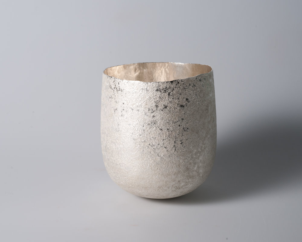 The importance of water II (High bowl), 2018    Forged silver. 925 S. 666 g. H. 14.5 x W. 13 cm.  Photo credit: Christian Tviberg