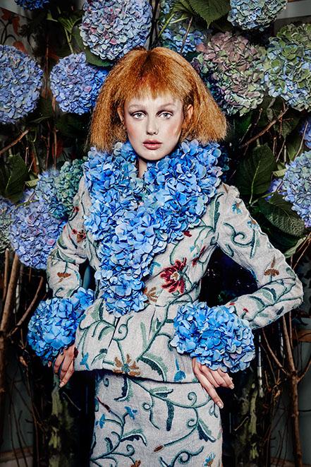 edwin oudshorn - the manor blooms - thee meisje 2.jpg