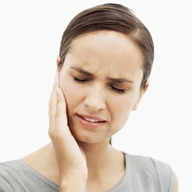 woman-jaw-pain-e1422452132638.jpg