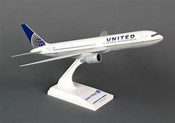 - 1/200 United 767 £34.00